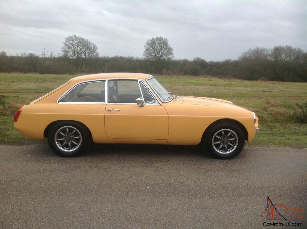 1970 MGB GT, SEBRING, 2 OWNERS, MINILITES, SEPT 2014 MOT, NO reserve auction