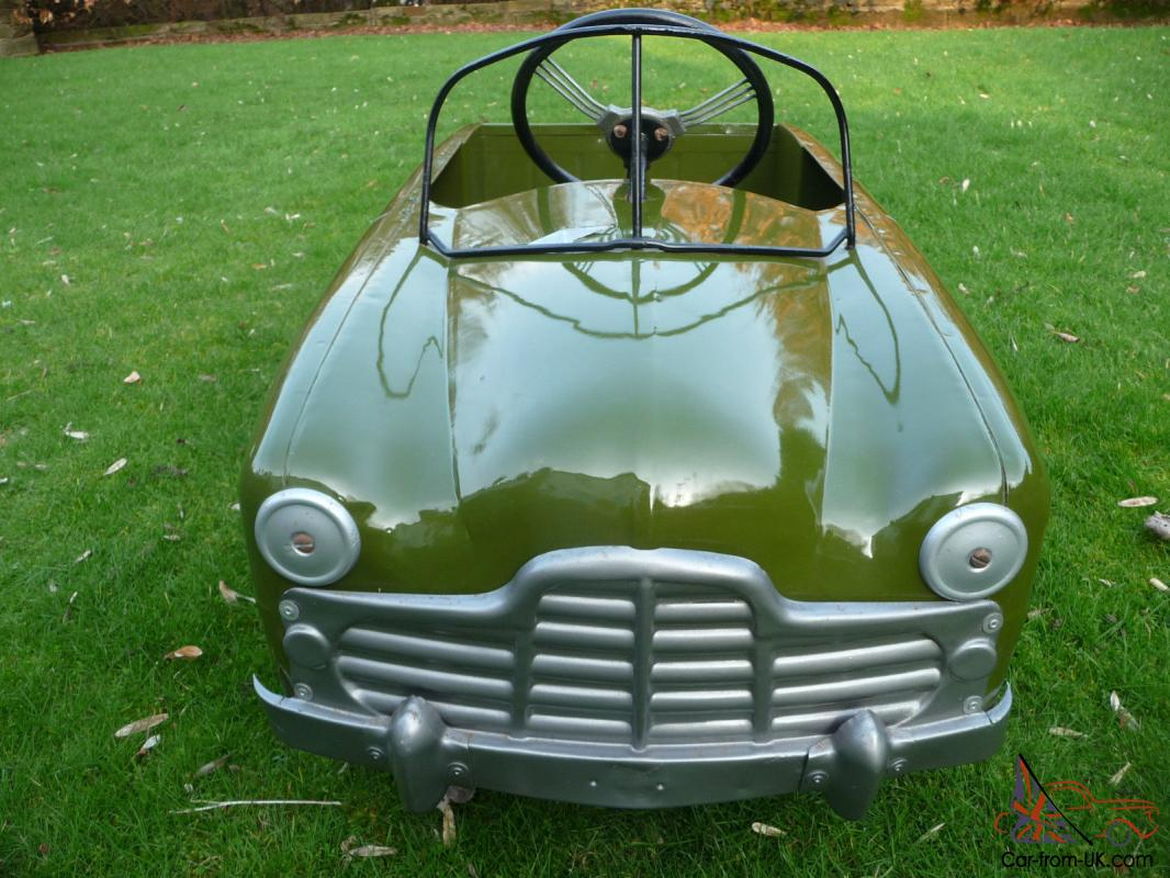 1950s Triang Ford Zephyr Pedal Car (BASEMENT FIND) (BARN