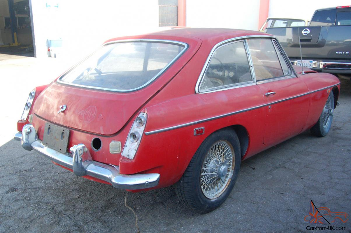 MGC GT 1969 DIRECT IN CALIFORNIA BARN FIND RESTORATION CLASSIC NOT ROADSTER