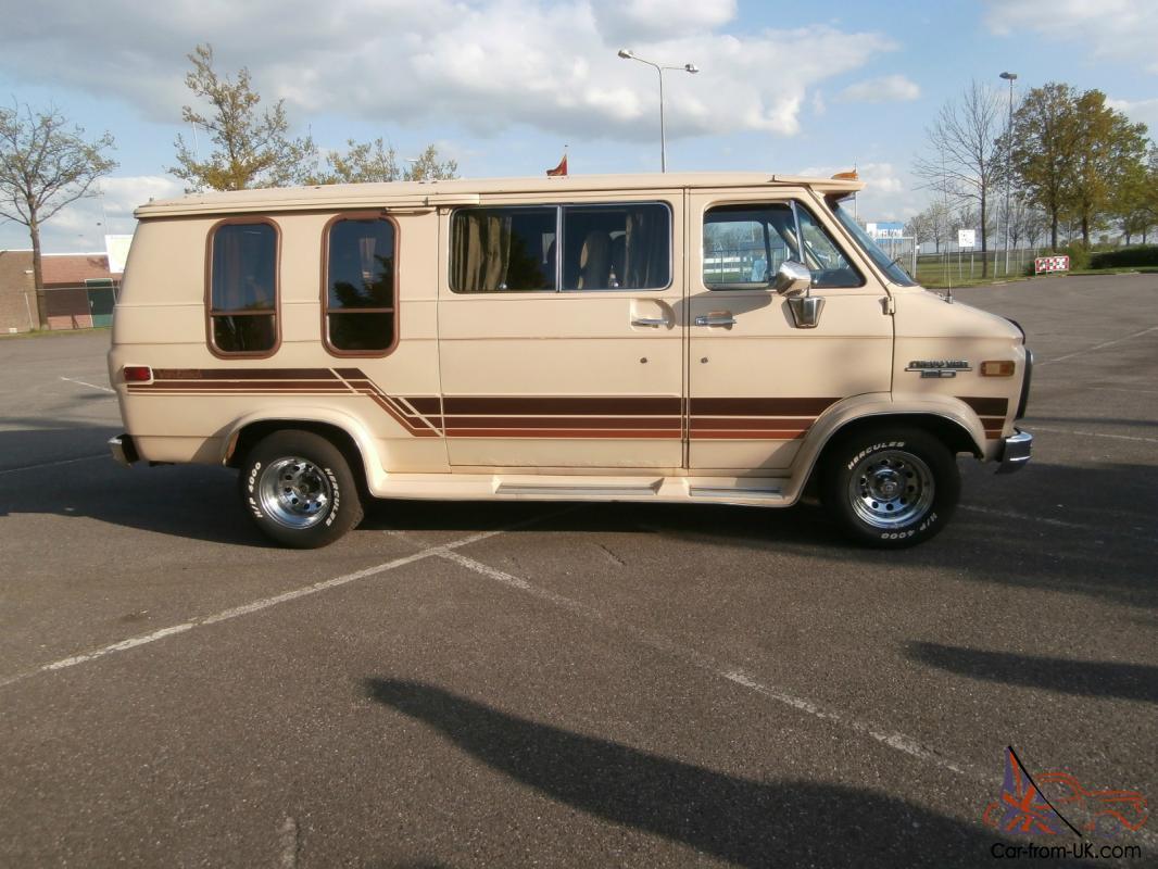 Very Nice 1985 Chevy Van Low Top 7 Seater Petrol/LPG Runs/Drives 100
