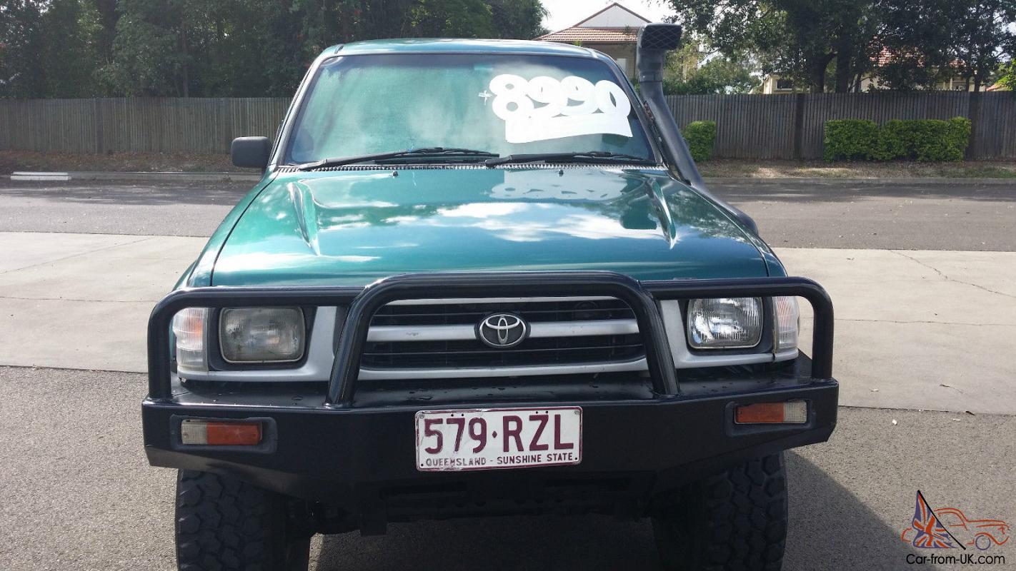 Toyota Hilux 4x4 1998 Dual Cab Ute 5 Sp Manual 4x4 3l Diesel Seats In Moorooka