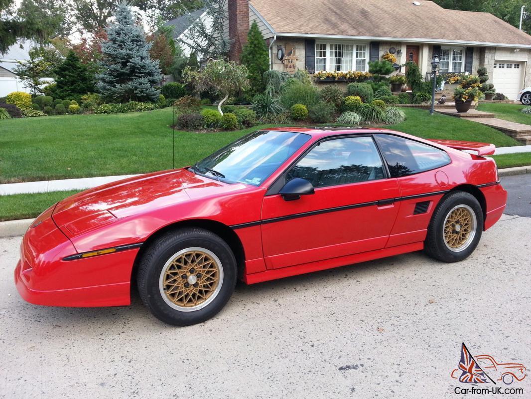 1988 Pontiac Fiero Gt Red Grey Ultra Low Milage